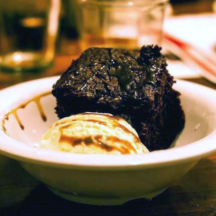Vanilla, Chocolate Stout & Cocoa Nib Cake