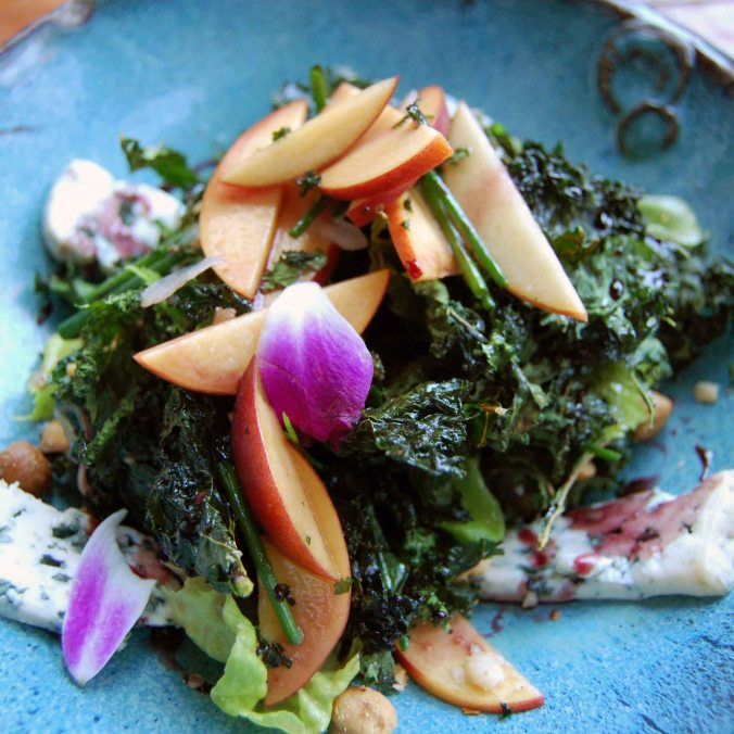Roasted kale & peach salad