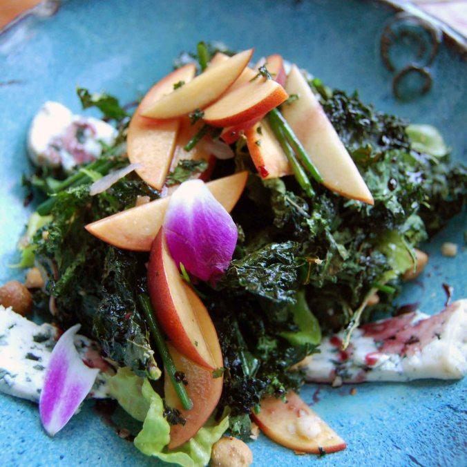 Roasted kale & peach salad